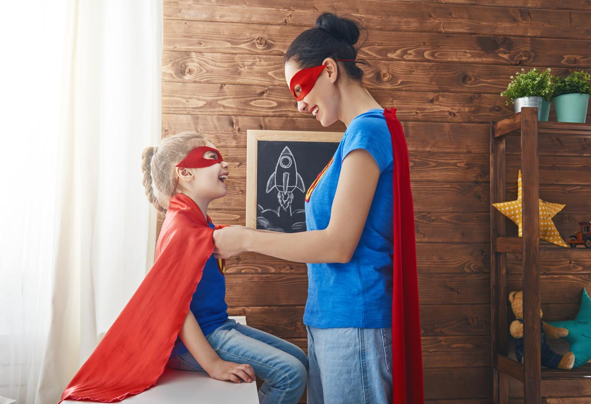 girl-and-mom-in-superhero-costume